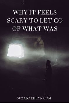 Sometimes it feels scary to let go of what was. The fear of loss can make you hold on even when life calls for surrender. The dark moon cycle teaches us how to let go of what's no longer working to start a new chapter in life. Negative Emotions, Negative Thoughts, Cycle Of Life, Spiritual Practices, Self Development, Personal Development, Finding Peace, Life Purpose, Understanding Yourself