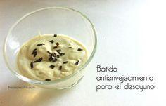 Batido antienvejecimiento de yogur de soja y aguacate