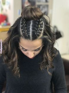 A twist on the man bun, ladies rock this too Beachy hairstyles is part of braids - Top knot braids! A twist on the man bun, ladies rock this too Beachy hairstyles… braidshairstyles Previous Post Next Post Medium Hair Styles, Natural Hair Styles, Short Hair Styles, Beachy Hair Styles, Hair Styles For Prom, Updo Styles, Box Braids Hairstyles, Cool Hairstyles, Simple Braided Hairstyles