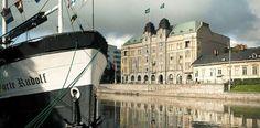 Turun parhaat hostellit http://www.rantapallo.fi/hostellit/viihdy-turun-hostelleissa-niin-saaristossa-kuin-mantereellakin/