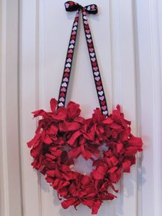 Shaggy Heart Wreath