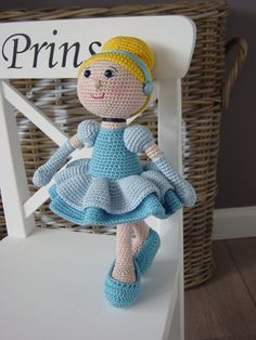 Cinderella crochet pattern by DutchDollDesign on Etsy ... Now available on Etsy!!!!