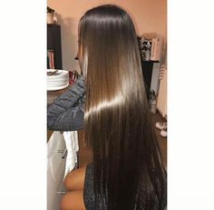 Read 5 - Cheveux from the story Book Photos 2 by (PostBad) with reads. Super Long Hair, Hair Makeup, Wattpad, Long Hair Styles, Photos, Books, Expressions, Delaware, Madness