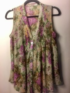 Gibson Women's Sleeveless Floral Pleated Sheer Blouse - Size Small (S) #GibsonLatimer #Blouse #Casual