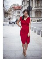 You can never go wrond when wearing red. Get some inspiration from our looks and create your perfect dream in red. Little Red Dress, Your Perfect, Wrap Dress, Feminine, Elegant, Costa, How To Wear, Inspiration, Shopping
