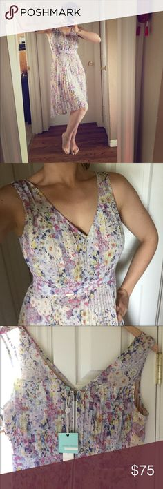 Evanthe midi dress by TracyReese for Anthropologie Gorgeous summer dress just in time for season arrival. Falls a few inches lower on the back hem than the front. Perfect for a summer wedding! Lots of them available on eBay but not in a size 10. Tracy Reese Dresses Midi