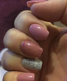 Cute Pink Glitter Wedding Nail Art Designs