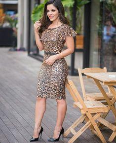Africa Dress, Leopard Dress, Elegant Woman, Fashion Outfits, Womens Fashion, Simple Dresses, Sexy Legs, Frocks, Ideias Fashion