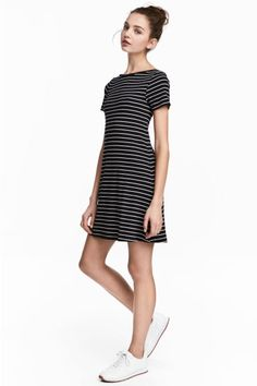 Abito in jersey a costine - Nero/righe - DONNA | H&M IT 1