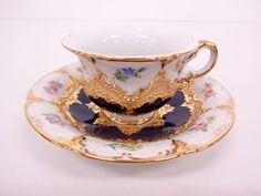 1955905: MEISSEN / B-FORM GOLD COBALT / COFFEE CUP AND SAUCER / LITTLE FLOWERS