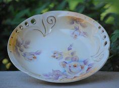 """Vintage Hand Painted Bowl Dish Roses Gold Gilt Unique """"Cutout"""" Rim"""