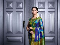 Tamil actress: Bhavana latest Picture in silk Saree at Photo Shoot Picture Gallery