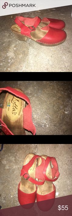 Lotta from Stockholm Clogs Real wooden clogs with textured soles. Size 41 Euro, with adjustable ankle strap fits size 9-10. Designed and made in Sweden  & perfect with tights in winter or adventuring in the summer time  Lotta from Stockholm Shoes Mules & Clogs