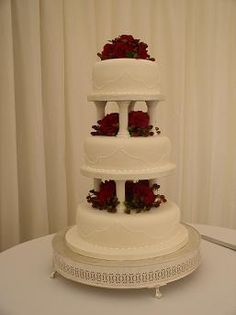 3-Tier Sugar Paste with fresh flowers