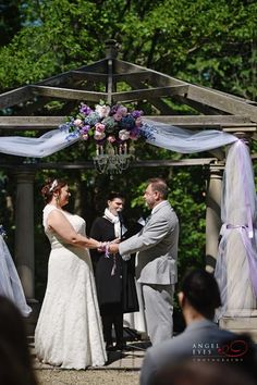 the-redfield-estate-in-glenview-wedding-photos-the-grove-unique-outdoor-summer-wedding-7