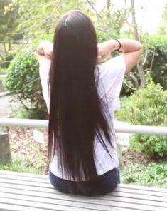 Butaság azt hinni, hogy a hajhullás csak az idősebbeknél vagy valamilyen betegség miatt fordul elő. Ma már egyre fiatalabb korban jelentkezik, és mindkét nem képvisel Hair Growth, Long Hair Styles, Beauty, Lilac, Hair Growing, Long Hairstyle, Long Haircuts, Grow Hair, Long Hair Cuts