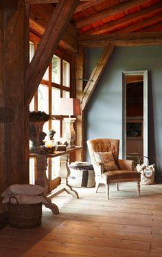 Stilvolle Ecke in einem Bauernhaus mit antikem Flair #loberon