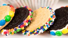 How to Make Decorated Oreos (No Bake)  from Cookies Cupcakes and Cardio