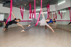 Yoga Fly 10 classes at Star Pilates Bangkok. 15% discount from the price at the studio only 4560 thb(450thb/class). BTS Sala Daeng exit 1 - MRT Silom exit 2 Charn Issara Tower, Rama IV road, 942/166, floor 23, 10500 Bangkok