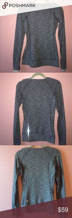 Worn ONCE Lululemon size 4 long sleeve top Worn once size 4 Lululemon Top! This long sleeve sweater material is so cozy and soft! Perfect for this cold weather!!! lululemon athletica Tops