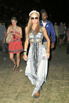 Paris and Nicky Hilton at Coachella 2014