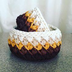 Любимое шоколадно-карамельно-ванильное сочетание цветов  кому вкусную корзинку?  #вязаниекрючком #трикотажнаяпряжа #корзинка #trapillo #knitoholic #вяжутнетолькобабушки #вяжетнетолькохурма