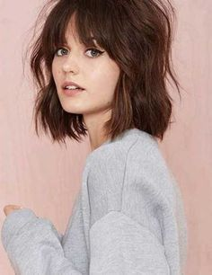 cute shoulder length hair with bangs