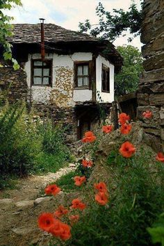 Bosnia and Herzegovina.Man has to have some place that he love because it was his, and because it is protected, the world is full of traps when you are without support. Natur Wallpaper, Istanbul Pictures, Landscape Photography, Nature Photography, Belle Photo, Architecture, Country Life, Beautiful Landscapes, Old Houses
