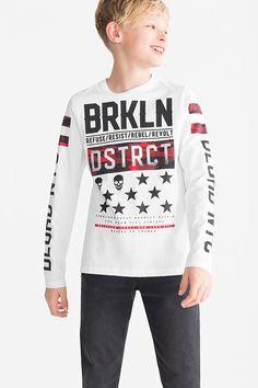 Long sleeve T-shirt - organic cotton Graphic Tees, Graphic Sweatshirt, T Shirt, Saree Collection, Boys Shirts, Kids Wear, Fashion Prints, Cute Boys, Organic Cotton