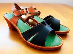Skórzane sandałki już tylko w małych rozmiarach. Minus 35% w butiku na Chmielnej.