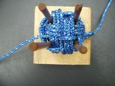 ABOK 2207 Split Faced Monkey Fist Knot : 9 Steps (with Pictures) - Instructables Rope Knots, Macrame Knots, Rope Crafts, Diy And Crafts, Monkey Fist Knot, Paracord Monkey Fist, Card Weaving, Do It Yourself Jewelry, Paracord Projects