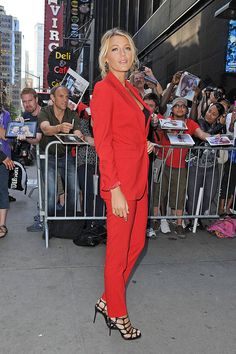 Blake Lively shines in a Michael Kors suit at ABC Studios on June 27, 2012 in New York City.   - ELLE.com
