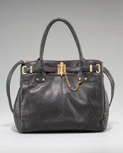 UMMM Really love this purse