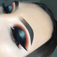 Discover these dark eye makeup ad# 4234 Punk Makeup, Glam Makeup, Makeup Art, Beauty Makeup, Hair Makeup, Gorgeous Makeup, Love Makeup, Makeup Inspo, Makeup Inspiration