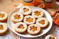 Fursecuri Linzer | Prăjiturici și altele Cookie Recipes, Dessert Recipes, Desserts, Lemon Ricotta Cookies, Romanian Food, Xmas Cookies, Eat Dessert First, Recipes From Heaven, Sweet Recipes