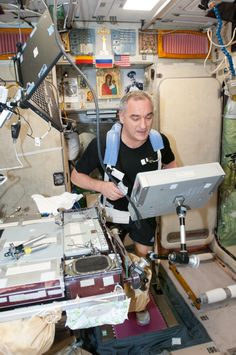 Armadillo Merino® in the ISS. Our Cobra tee has been tested on land and in space!