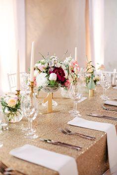 Gold table decor | S