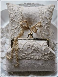 Wedding purse with ring pillow
