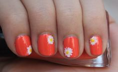 Neon Daisy nail art: great for teens and young girls.