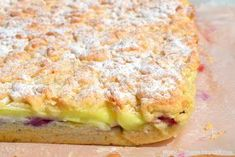 Pastry with plums and custard Plums And Custard, Sweets Cake, Salmon Burgers, Quiche, Ale, Sandwiches, Food And Drink, Cookies, Breakfast