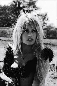 #Gorgeous. #BrigitteBardot. What do you think of this hairstyle? www.clubfashionista.com