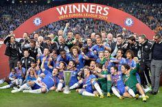Los jugadores del Chelsea celebran la consecución de la Europa League 2013
