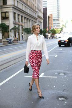 skirt-for-work-white-blouse-black-pointed-toe-heels-680x10202x