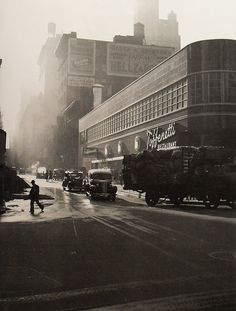 Toffenetti's Italian Restaurant........Times Square 1940.....43rd and Broadway.