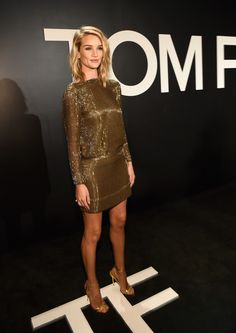 Rosie Huntington-Whiteley.. TOM FORD Pre-Fall 2015 gold chain dress.. #NYFW