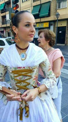 Traditional Fashion, Folklore, Sari, Blouses, Costumes, Dresses, Vintage Clothing, 18th Century, Long Sleeve