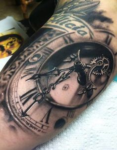 Cool Tattoo Design Ideas | foream clock tattoo design