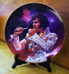Elvis collector plate  Bradford Exchange by susiestratford on Etsy