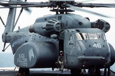 Us Military Helicopters | military helicopter . Looks pretty heavy.....