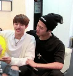 #Markson they keep freaking sailing their own ship